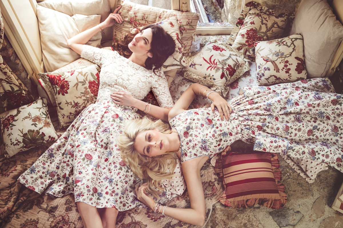 22und23_Amour-Fou_Top_creme_Kelly_Skirt_fleur-crème