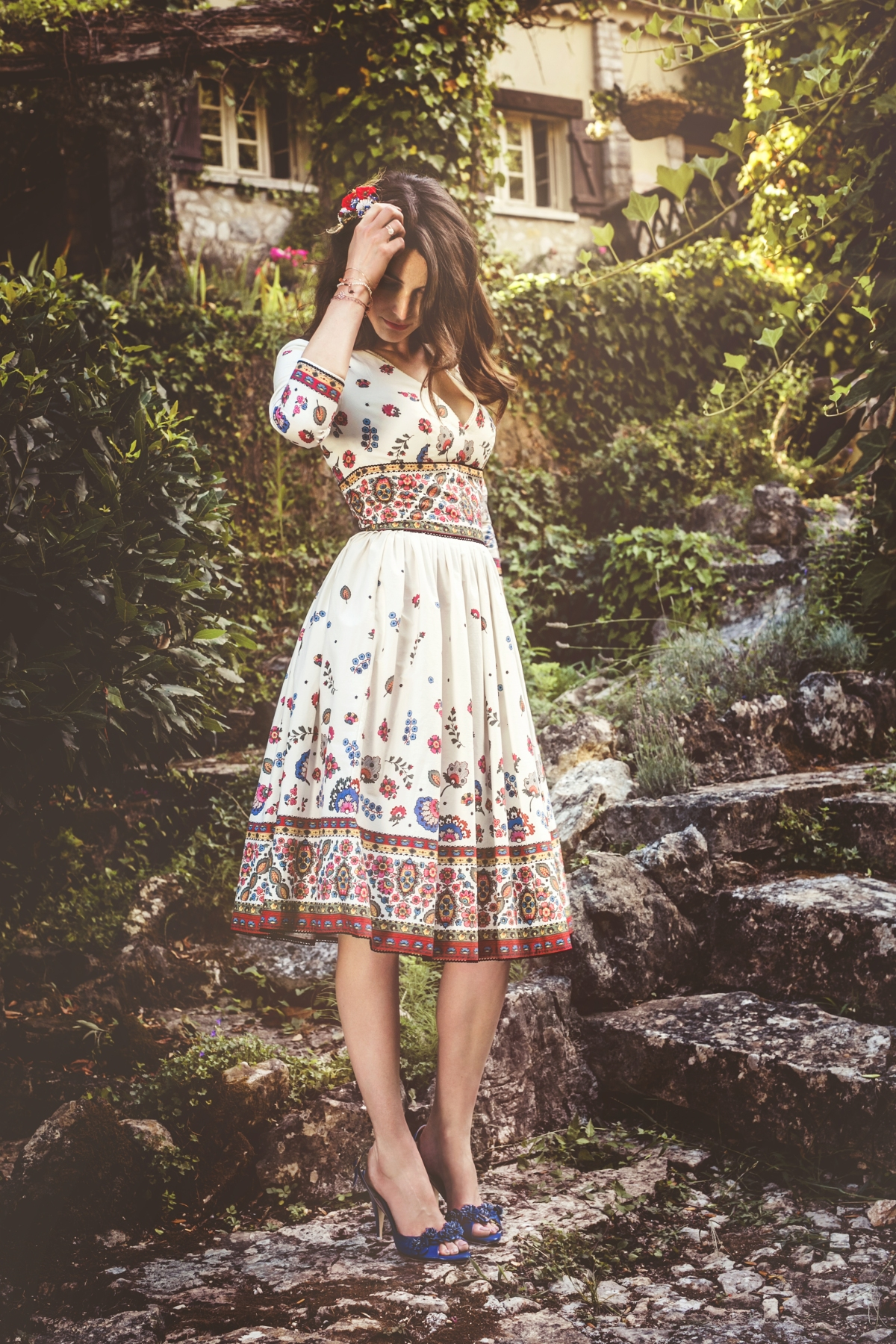 46_Sans-Souci_Dress_provence_Jane_Stilettos_cornflower